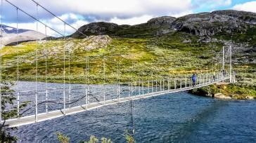 Merke: im Laufschritt über Hängebrücken: no go