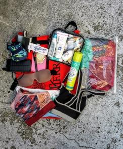 Restliche Kleidung & Toilettartikel plus Nachtbeutel wird im Drybag verstraut