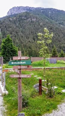 Wegweiser Alpegg Chalets