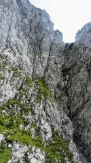 Steil & Drahtseilversichert (erster Abstieg)