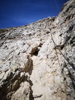 2. Seilversicherung am Weg zum Gipfel