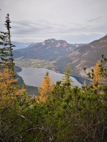 Links wieder der Altausseer See, dahinter der Sandling