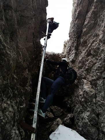Leiter mit Mini-Überhang