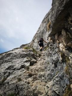 Steinstufen, seilversichert